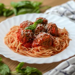 tomato-and-basil-spaghetti-and-meatballs